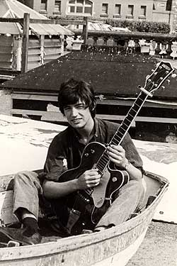 Chris with the gretsch in 1966 in Torquay